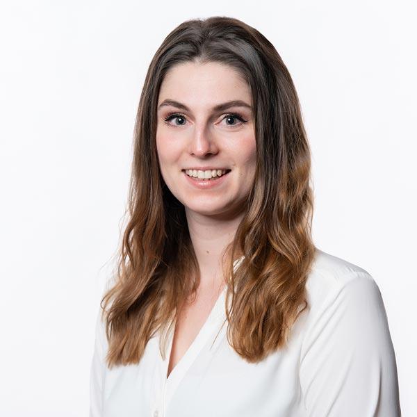 Julia Liedl, Medizinische Fachangestellte